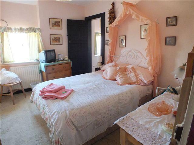 Harvest Room - East Farm House - Abbotsbury