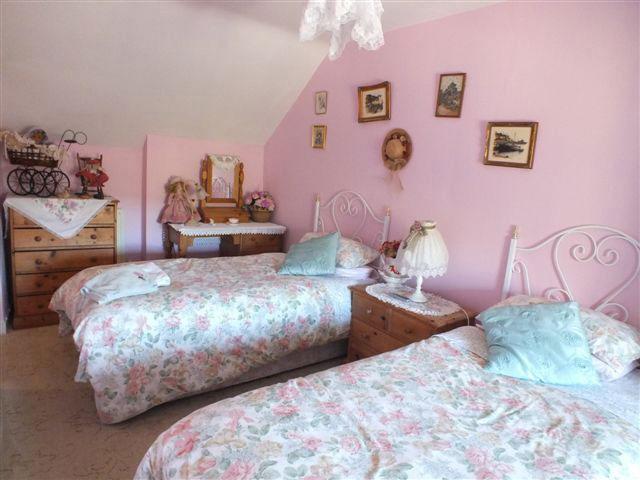 Rose Room - East Farm House - Abbotsbury